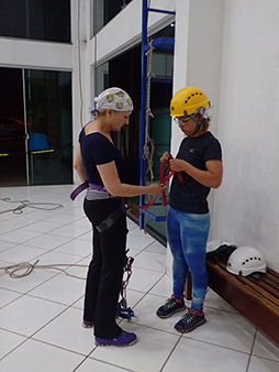 Debra C. Argen rappel training - Abismo Anhumas - Bonito, Mato Grosso do Sul - Photo by Luxury Experience