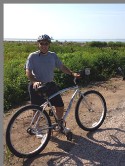 Edward Nesta biking Old Saybrook - Photo by Luxury Experience