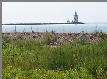 Saybrook Breakwater Lighthouse - Old Saybrook - Photo by Luxury Experience