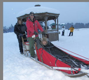 Dog Sledding Stowe, VT - photo by Luxury Experience