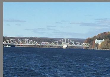 East Haddam Swing Bridge - photo by Luxury Experience
