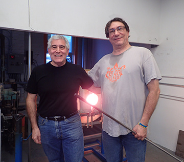 Rob Wolf, Edward F. Nesta at The Hotspot Glass Sudio, Fiarfield, CT - photo by Luxury Experience