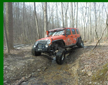 Jeep Wrangler Rubicon - off road driving  - photo by Luxury Experience
