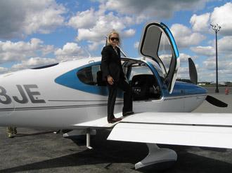 Luxury Experience - Performance Flight - Flying a Cirrus SR22