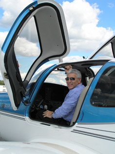 Edward Nesta in Cockpit of Cirrus SR22 - Performance Flight - Photo by Luxury Experience