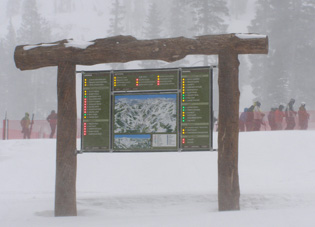 Alpine Meadows Trail Map - Tahoe City, California - Photo by Luxury Experience