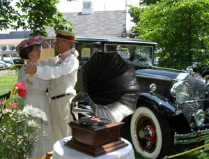 Gwen and Parker Ackley at Greenwich Concours d'Elegance 2010 - Photo by Luxury Experience