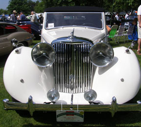 1947 Jaguar Mark IV Drophead Coupe - photo by Luxury Experience