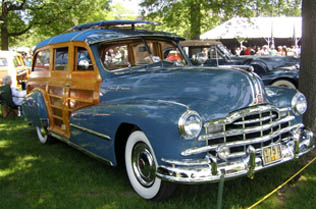 1948 Pontiac Woody Wagon Deluxet - photo by Luxury Experience