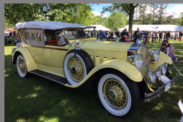 1929 Packard 640 - photo by Luxury Experience