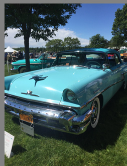 1956 mercury Montclair Convertible - photo by Luxury Experience