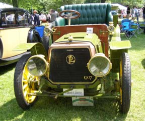 1907 Panhard Wagonet Picnic Body - Photo by Luxury Experience