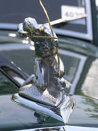 1934 Pierce-Arrow Silver-Arrow 840a Coupe Mascot