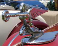 1937 Packard 120 Convertible Coupe Mascot