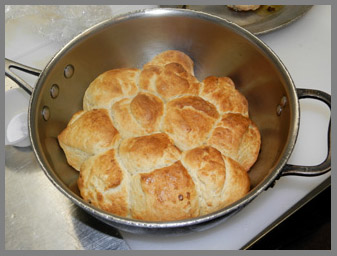 Baked Dinner Rolls - Chef Harold Moore - photo by Luxury Experience