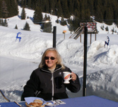 Debra having lunch outdoors at Hof Maran