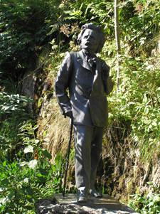 Statue of Edvard Grieg