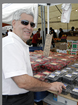 Edward Nesta at Haymarket open-air market, Boston, MA, USA - photo by Luxury Experience