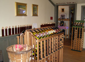 McLaughlin Vineyards, Sandy Hook, Connecticut, USA - Shop - Photo by Luxury Experience