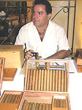 Jorge with Cuban Cigars in Le Meridien Lobby