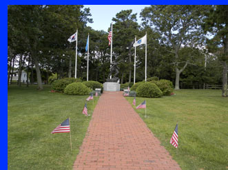 Veterans memorial - Hyannis Beach -  photo by Luxury Experience