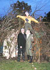 Edard and Debra with Guy Falkes Effigy