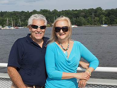 Edward F. Nesta, Debra C. Argen - Hudson River Cruises - photo by Luxury Experience