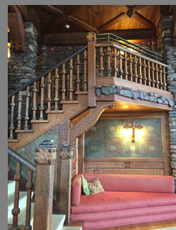 Gillette Castle Builtin Sofa - Hadlyme, CT, USA - Photo by Luxury Experience