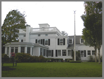 Captain Albert Rogers Mansion - Southampton Inn, Long Island, NY, USA - photo by Luxury Experience