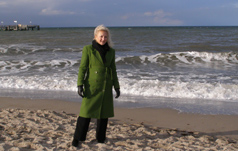Debra C. Argen walking along beach at Kühlungsborn