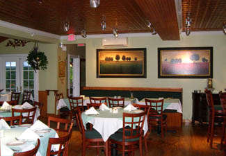 Village Bistro, Tannersville, New York - Photo by Luxury Experience