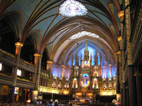 Basilique Notre Dame de Montreal, Canada - Photo by Luxury Experience