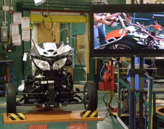 Computer Testing Spyder in factory, Valcourt, Canada - photo by Luxury Experience