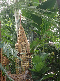 Chrysler Building - New York Botanical Garden Train Show 2018 - photo by Luxury Experience