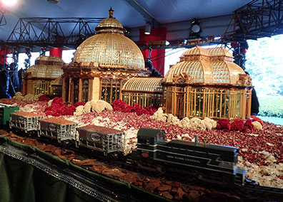Conservatory - New York Botanical Garden Train Show 2018 - photo by Luxury Experience