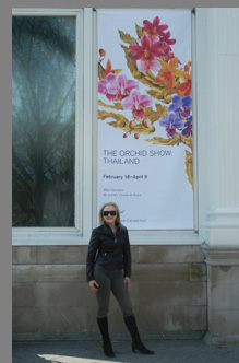 Debra C. Argen at New York Botanical Gardesn - Conservatory - photo by Luxury Experience
