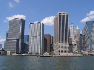 View of New York from the Hudson River  - photo by Luxury Experience