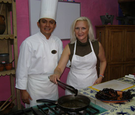 Chef Alonso Hernandez and Debra Argen at Cocina Poblana, Puebla, Mexico