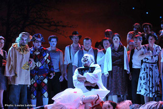 I Pagliacci at Opera de Quebec, Canada - Photo by Louise LeBlanc