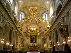 Interior Basilique-Cathedrale Notre-Dame Quebec, Canada - Photo by Luxury Experience