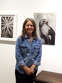Artist Kerry Sharkery-Miller - Southampton Arts Center - Southampton, NYC - photo by Luxury Experience