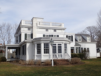 Rogers Mansion - Southampton, NYC - photo by Luxury Experience