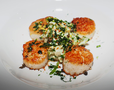Caramelized Scallops - The Chandler Steakhouse - MGM Springfield - photo by Luxury Experience