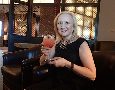 Debra C. Argen - The Lobby Bar - MGM Springfield - photo by Luxury Experience