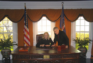Madame Tussauds - Debra C. Argen in the Oval Office, Washington, DC, USA