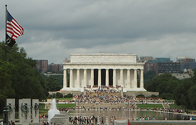 Lincoln Memorial across Reflection Pool - Debra C. Argen - Photo by Luxury Experience