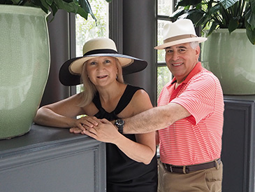 Tenth Street Hats - York Beach and Montreal - Debra C. Argen, Edward F. Nesta - photo by Luxury Experience