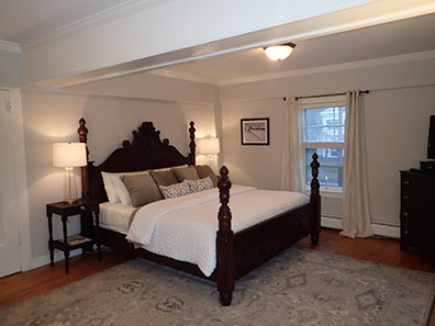 Guestroom - 1754 House, Woodbury CT USA - photo by Luxury Experience