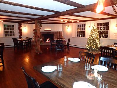 Main Dining Room - 1754 House, Woodbury CT USA - photo by Luxury Experience