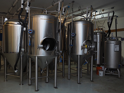 Woodbury Brewing  - Woodbury, CT - photo by Luxury Experience
